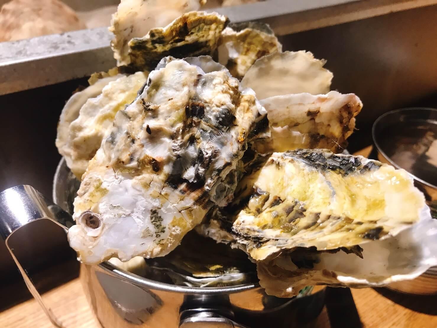 貝しぐれ栄店の牡蠣