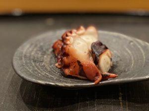 名古屋の寿司屋あま木の日間賀島煮だこ