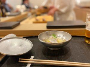 名古屋の寿司屋あま木のアイナメと焼きナスの吸い物