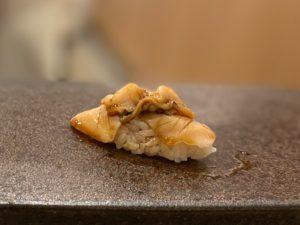 名古屋の寿司屋あま木の煮蛤握り