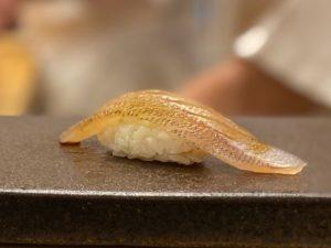 名古屋の寿司屋あま木のキス握り