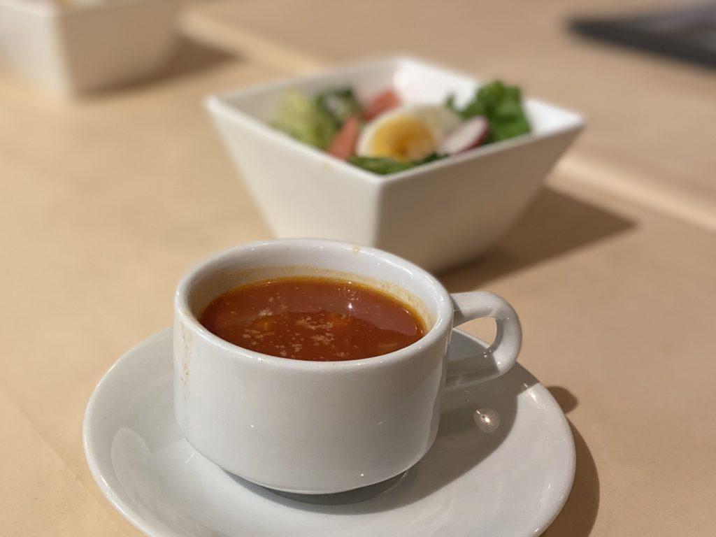 シェフむらいのスープとサラダ