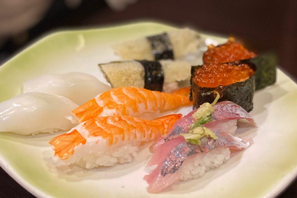 すし旬千種本店の寿司